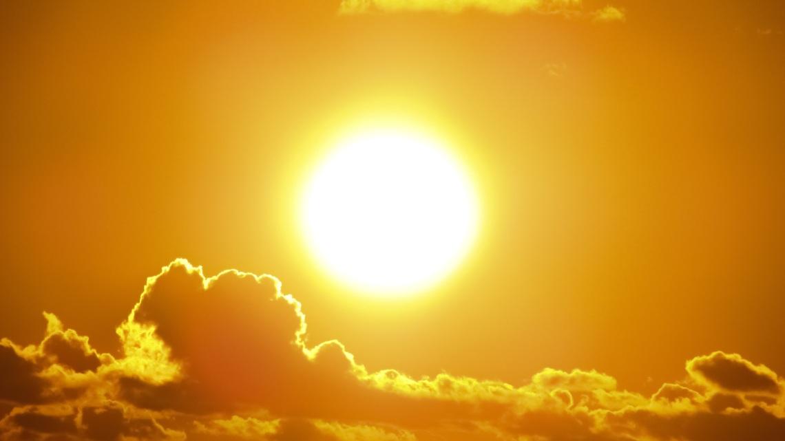 the sun makes me feel